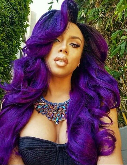 pelo azul malva y púrpura