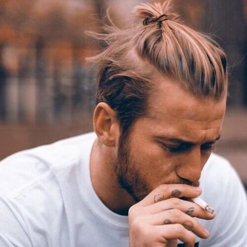 Peinados largos para hombres con cabello grueso