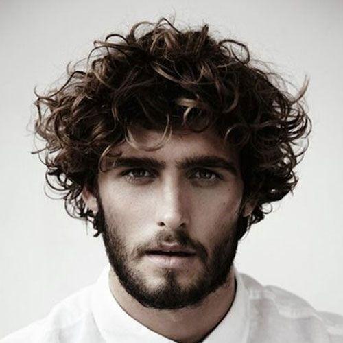 peinados con textura rizada longitud media para hombres