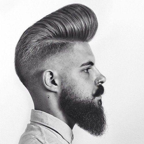 peinados de pomp clásicos y desvaídos para hombres