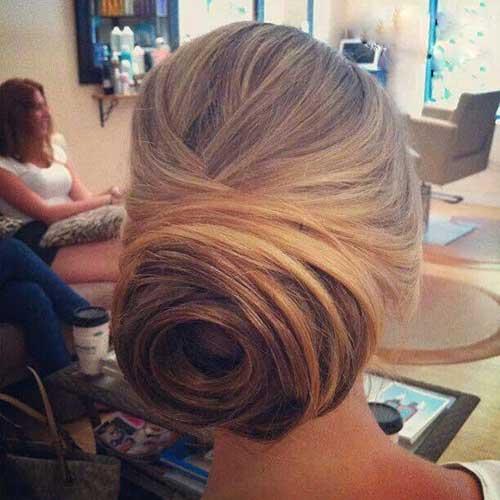Peinados de moño bajo Rose para bodas