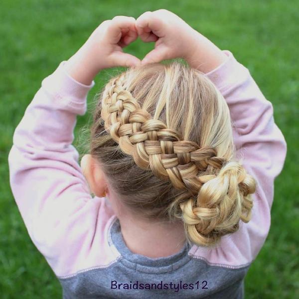 54150916-little-girl-hairstyles