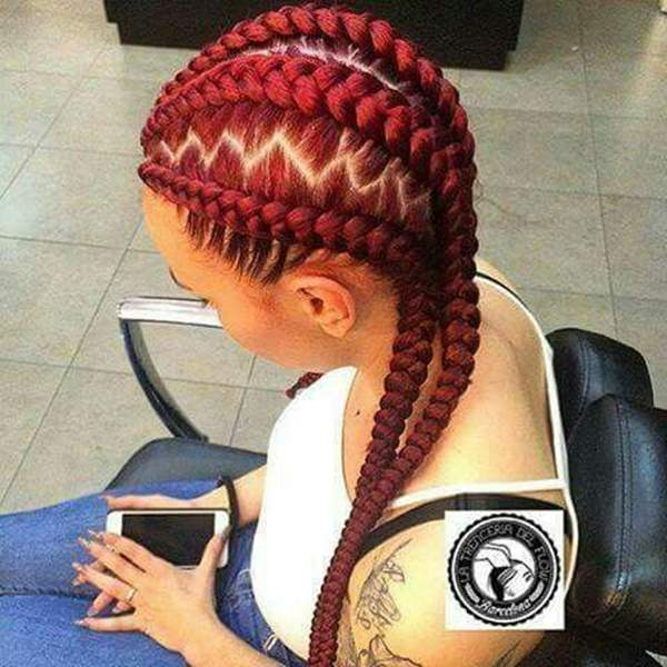 47110216-red-box-trenzas