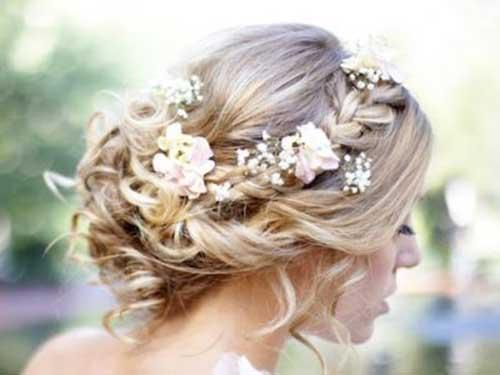 Peinados de boda trenzados con imágenes de flores