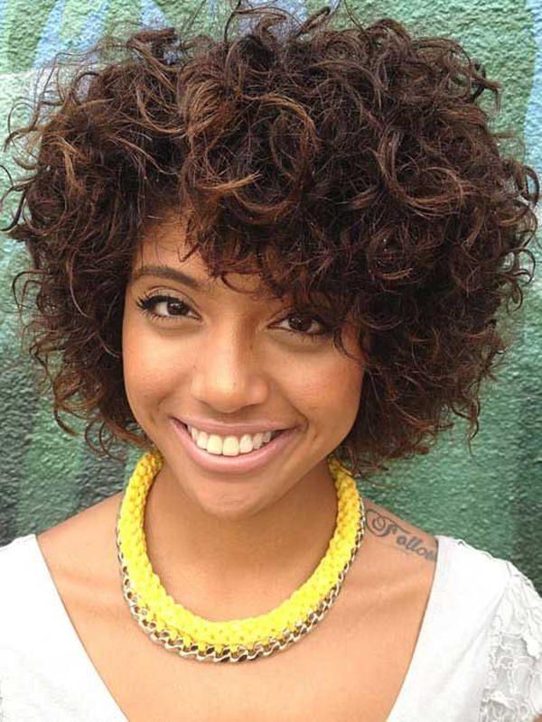 peinados cortos para mujeres negras 55