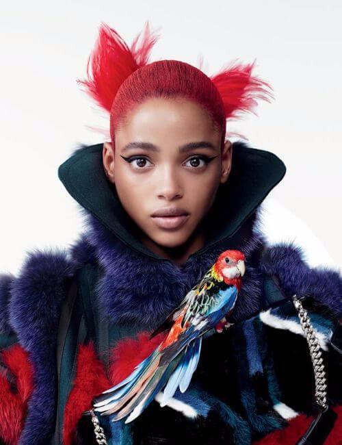 peinados cortos de chicle rojo para mujeres negras