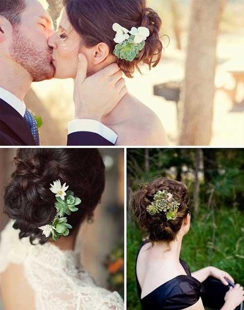 Bollo lindo con accesorio de flor Peinado de boda