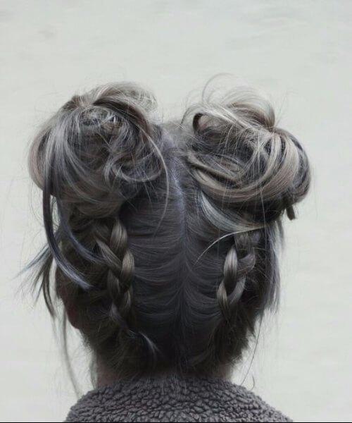 bollos espaciales y trenzas peinados largos