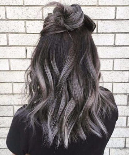 cielos grises caen los colores del cabello