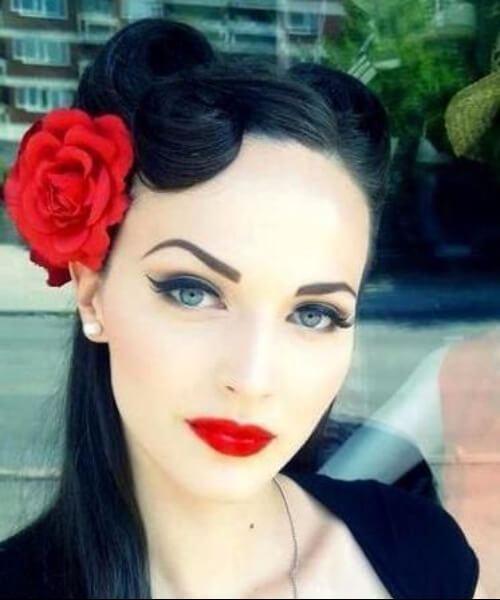 rosas pin up peinados