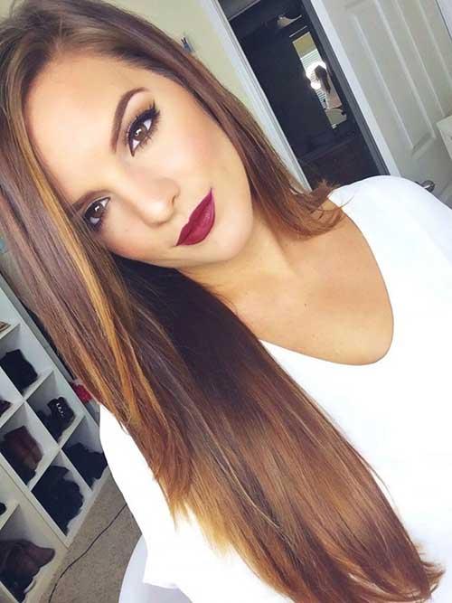 Moda peinado marrón con destacados