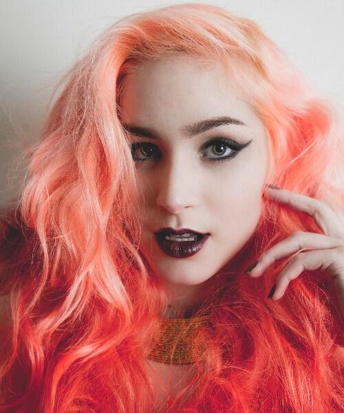 maquillaje ombre goth pelo rojo