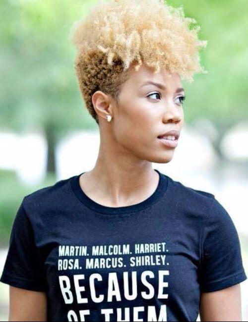 peinados cortos afro naturales rubia para mujeres negras