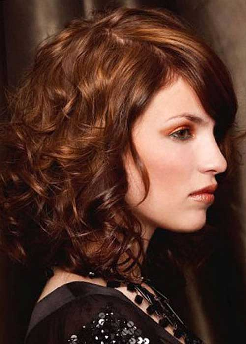 Moda Peinados rizados de longitud media