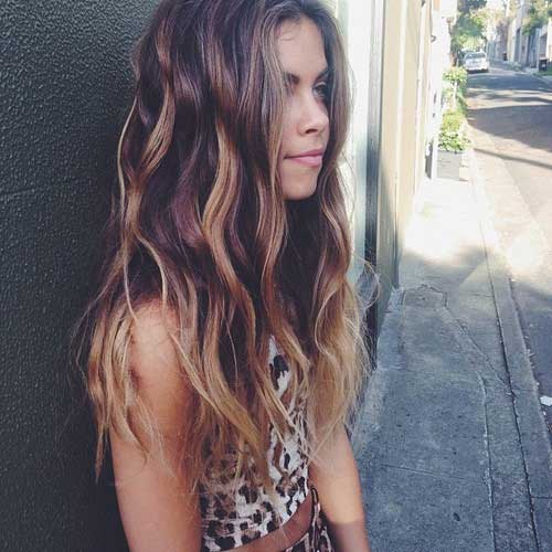 Estilo de color peinados largos para niñas