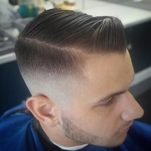 pequeños peinados pomp gelificados para hombres