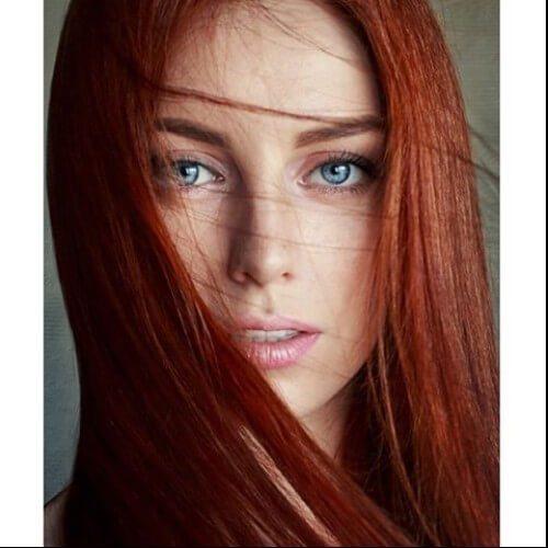 Caoba pelos de cabello rojo