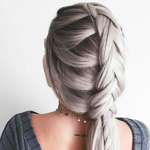 cola de pez y dos trenzas de trenza de cabello para cabello largo