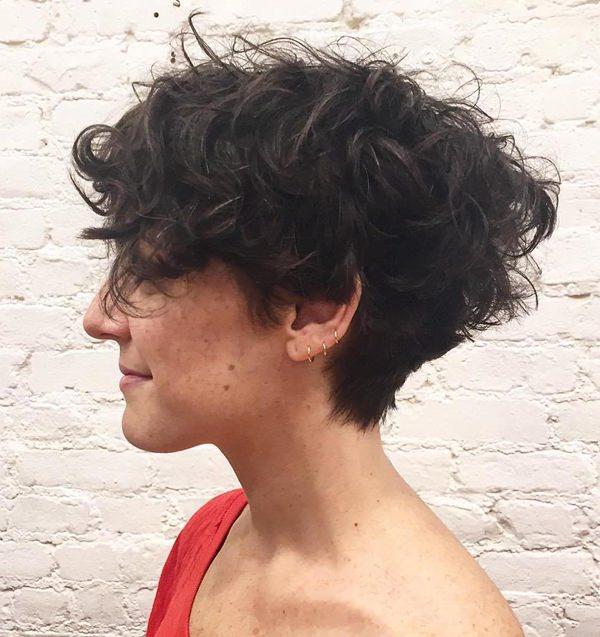 28280816-short-rizado-hairstylesshorttaperedhaircutforcurlyhair