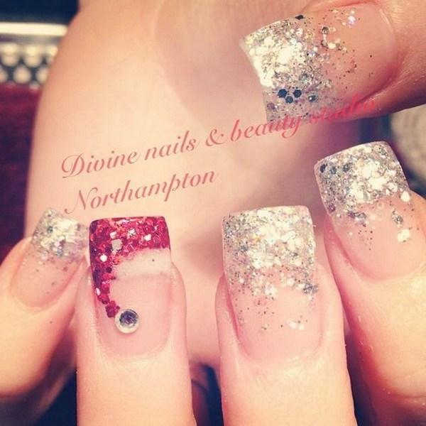 Sparkly Tips y Santa Hat Nails.