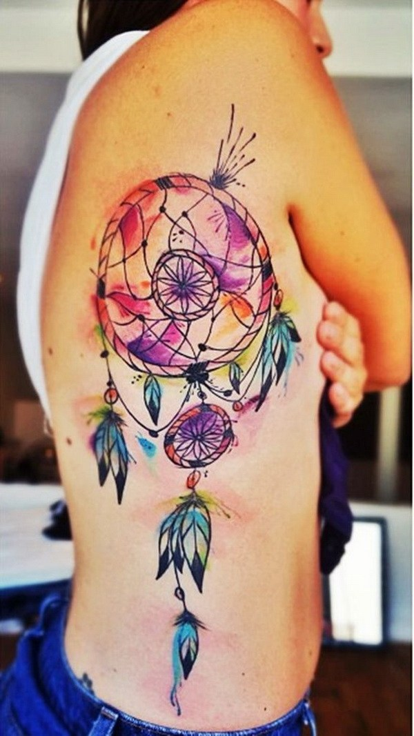 Colorido tatuaje acuarela sueño colector en la parte posterior.