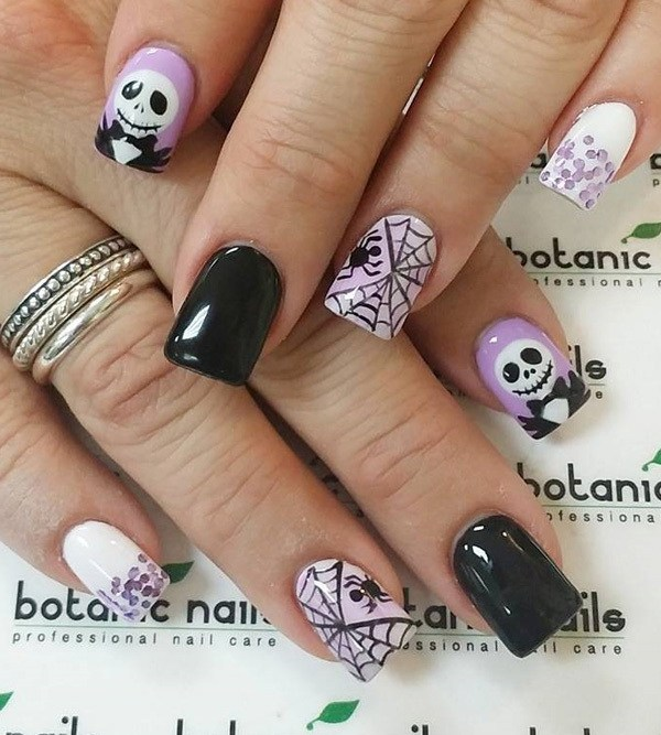 Spider and Web Halloween Nail Designs. Ideas de arte de uñas de Halloween.