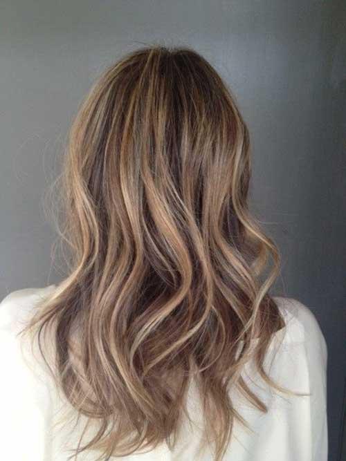 Ideas de color de cabello rubio para morenas