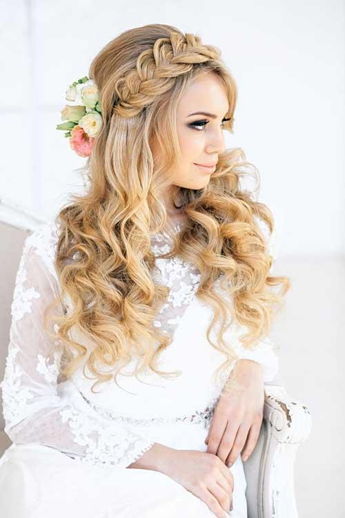 Los mejores peinados de boda para cabello largo rubio