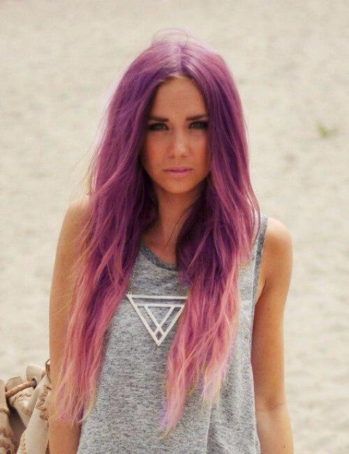 pelo púrpura largo en capas rectas