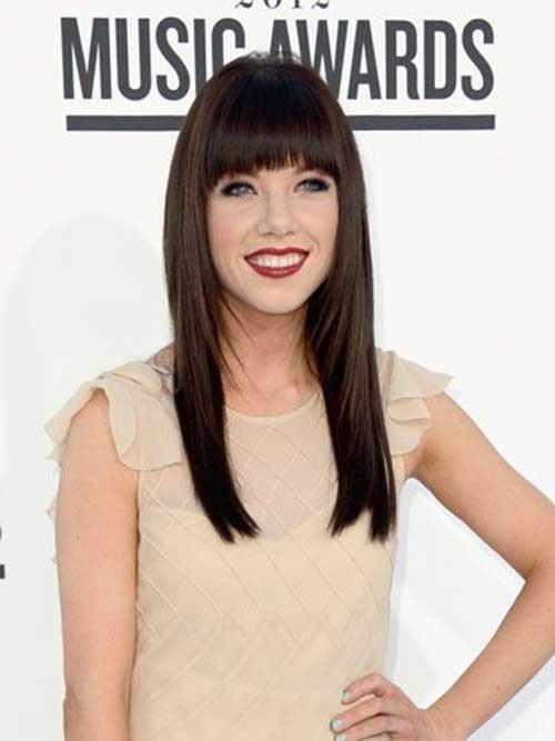 Peinados de celebridades con flequillo-23