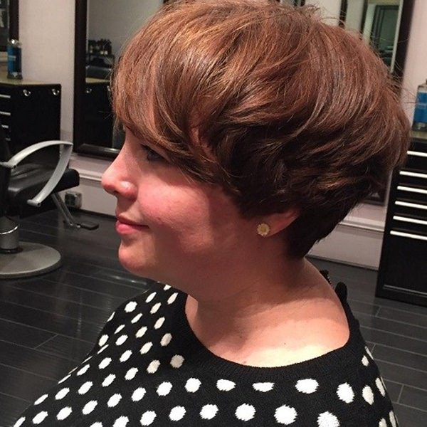 7120416-cuña-corte de pelo