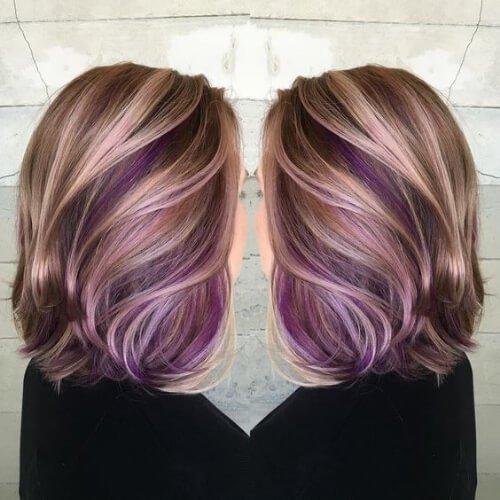 púrpura sobre glonde highlights y lowlights