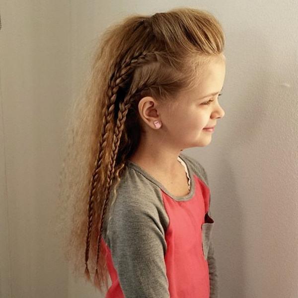 33150916-little-girl-hairstyles