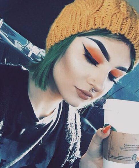 colores de cabello caído verde oscuro