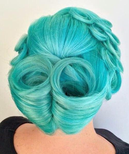victoria baja rollos color de pelo verde azulado