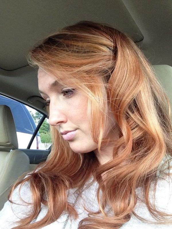 27250816-fresa-rubia-cabello