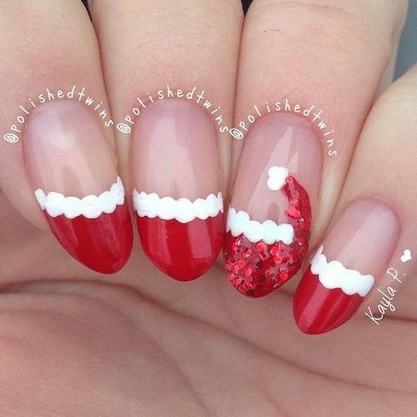 Santa's Hat Nail Art Design para las vacaciones de Navidad.