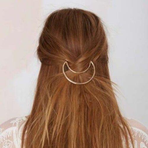 peinados de media luna para cabello lacio