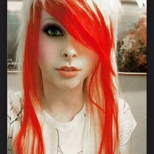 peinado emo rojo y rubio para niñas
