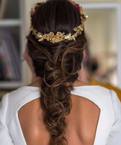 peinados dorados de la boda de la corona gloral para el pelo largo