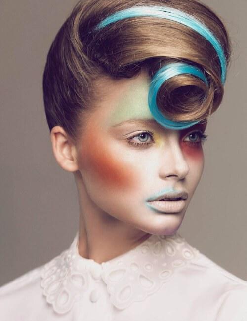 pelo avantgarde moderno se encuentra con peinados retros para cabello largo