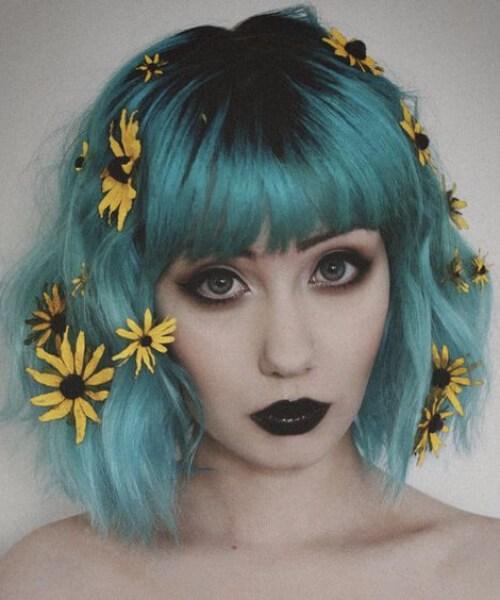 flores silvestres color verde azulado