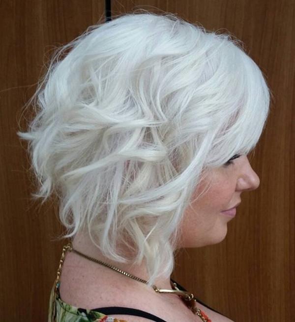 47280816-short-rizado-hairstyleswavysilverblondebob