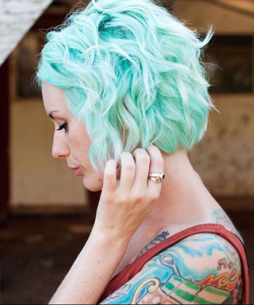 pastel color verde azulado pelo