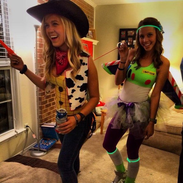Buzz Lightyear y Woody Costume.
