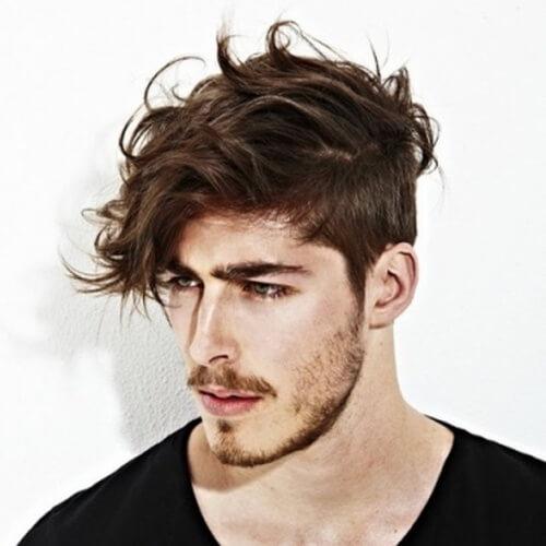 Tallado con cabello ondulado