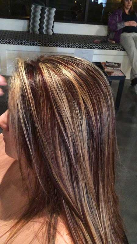 Y rojo destaca en el verano de cabello castaño, destacados