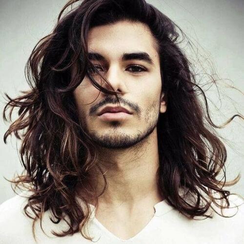 Peinados largos para adolescentes