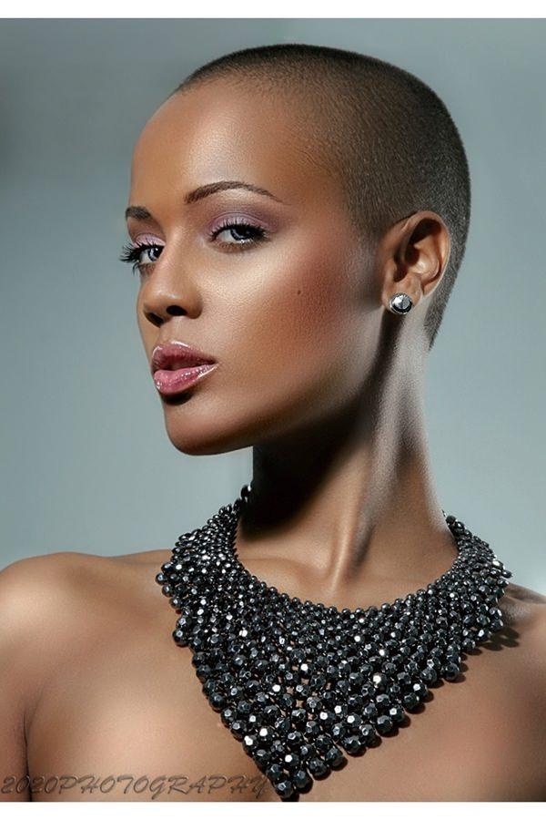 peinados afeitados para mujeres 31