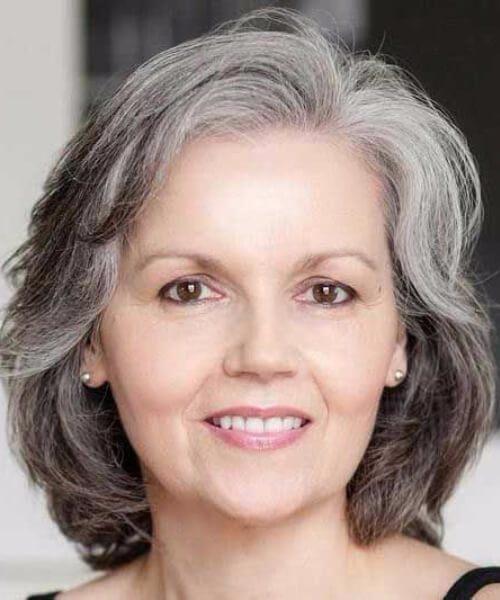 Peinados de sal y pimienta para mujeres mayores de 60 años
